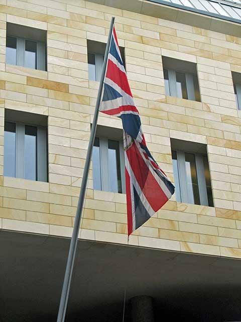 Berlin lese britische botschaft for Englische stilm bel berlin